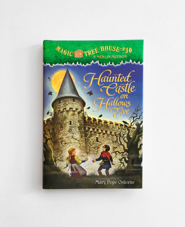 MAGIC TREE HOUSE - MERLIN MISSION: HAUNTED CASTLE ON HALLOWS EVE